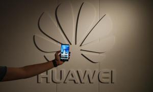 Huawei Mate Logo Header