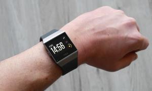 Fitbit Ionic Header