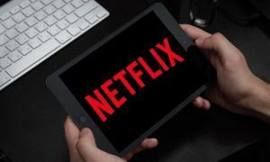 Netflix Header Dark