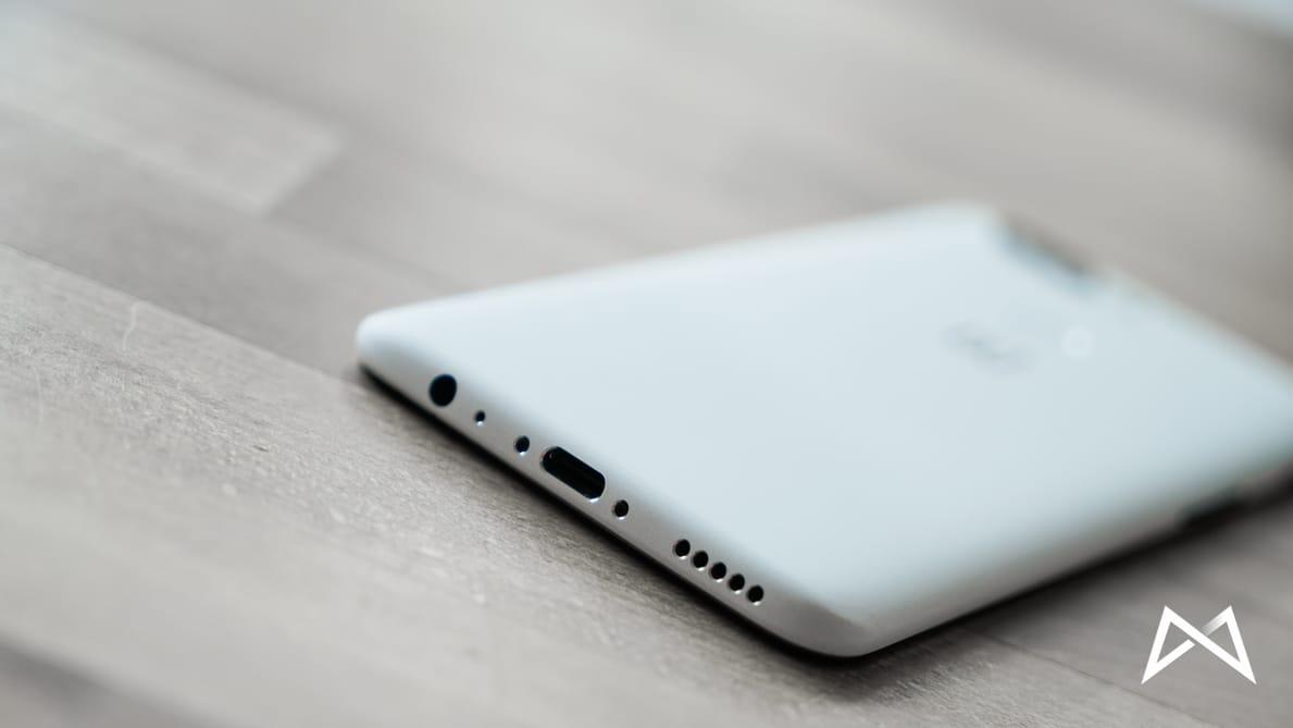 Oneplus 5t 6 Sandstone White