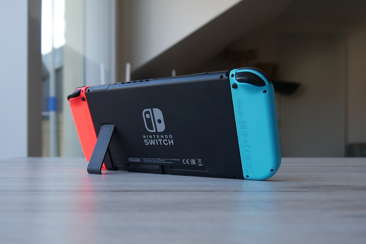 Nintendo Switch Header Neu