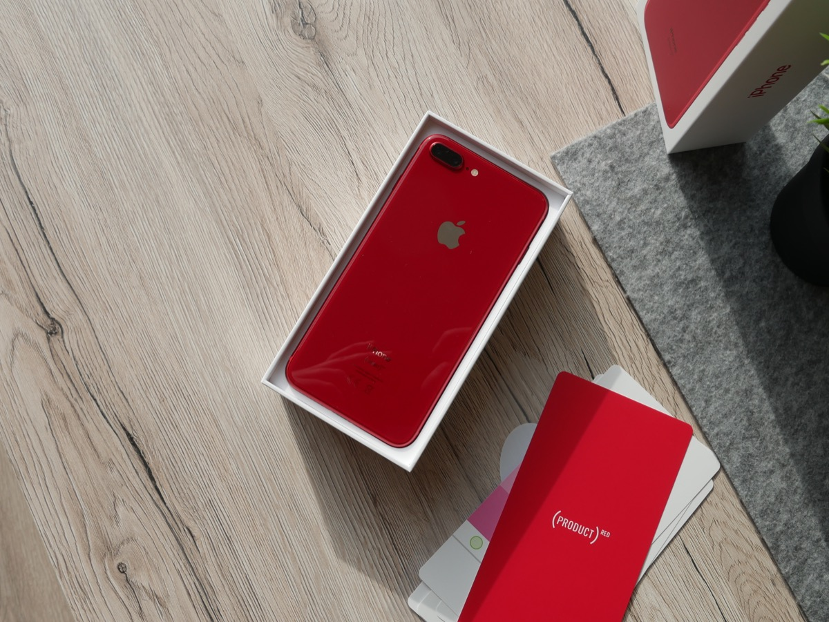 Apple Iphone 8 Red Unboxing6