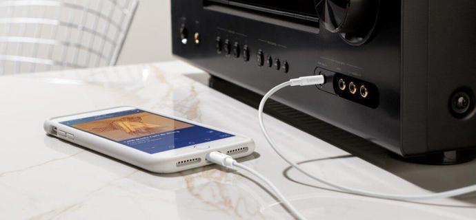 Audiolightningconnector Lifestyle3