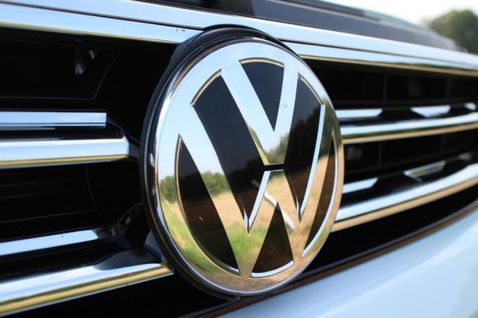 Vw Vokswagen Header Logo