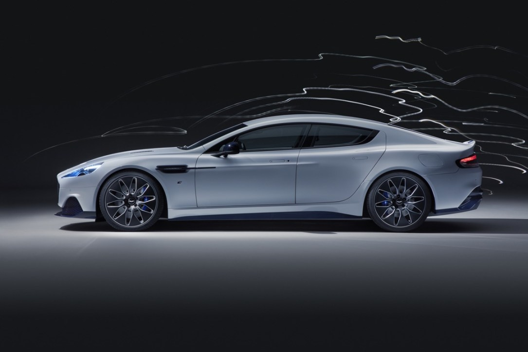 Aston Martin Rapid E Auto1