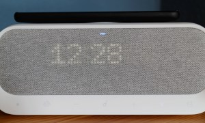 Anker Soundcore Wakey Display Dimmed