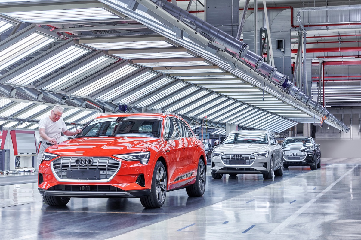 Audi E Tron Production At The Co2 Neutral Plant Of Audi Brussels