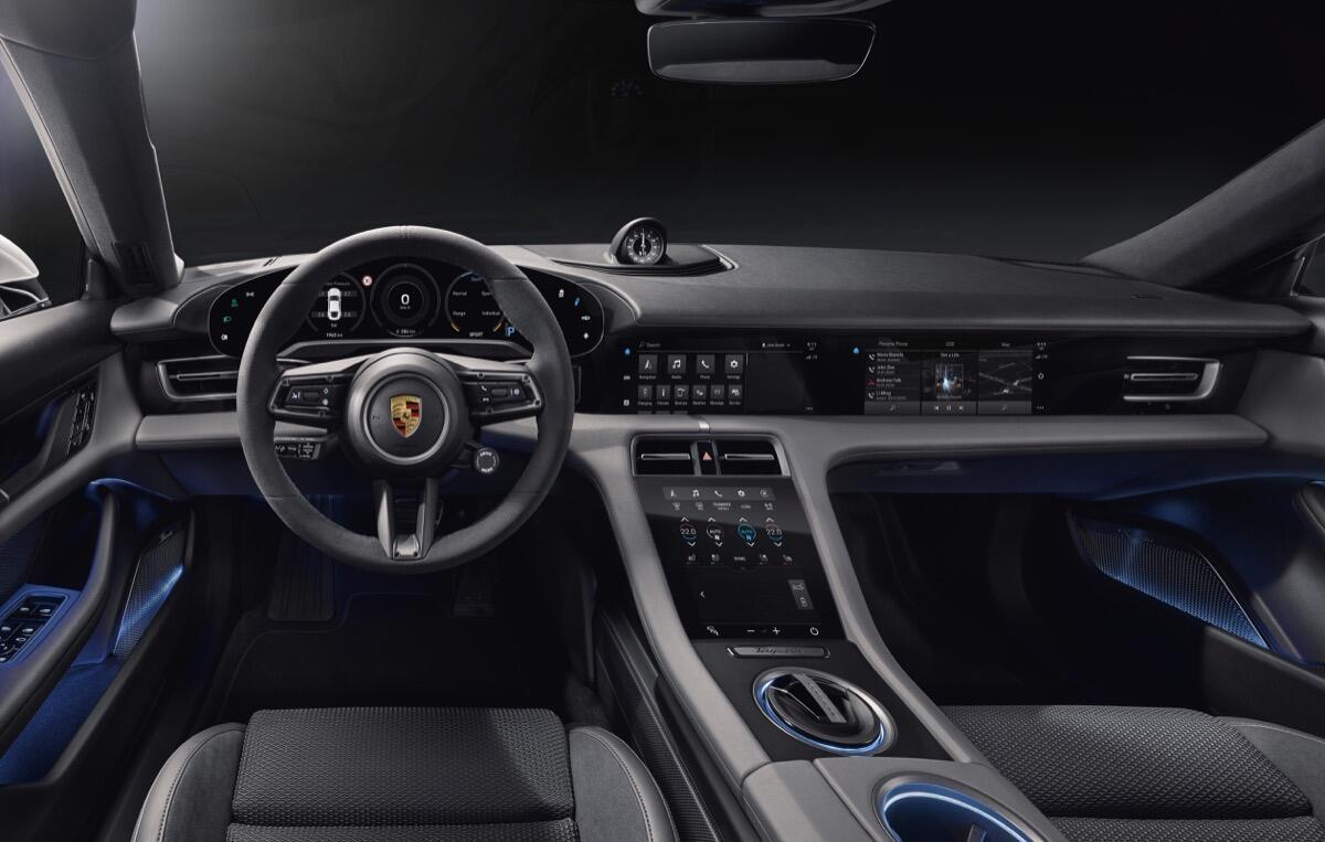 Porsche Taycan Interieur3