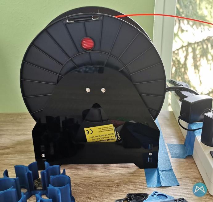 Filamenthalter