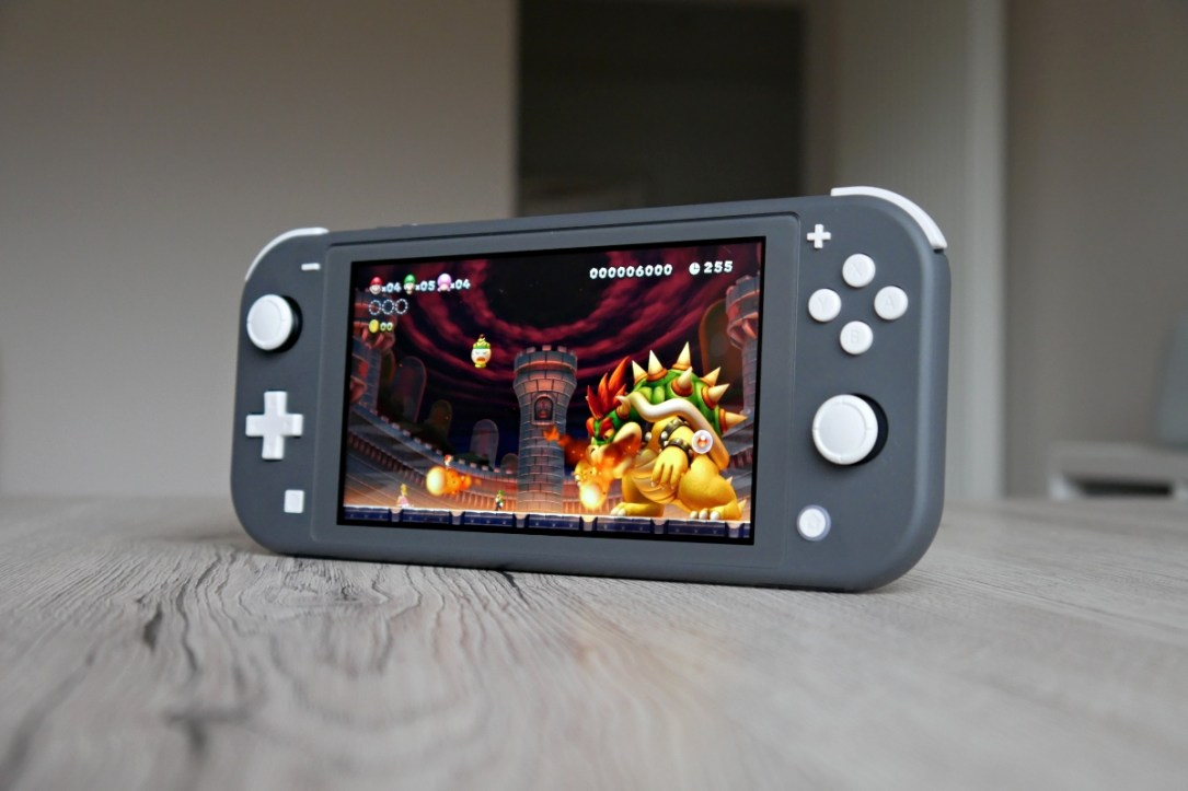 Nintendo Switch Lite Super Mario Bros Header