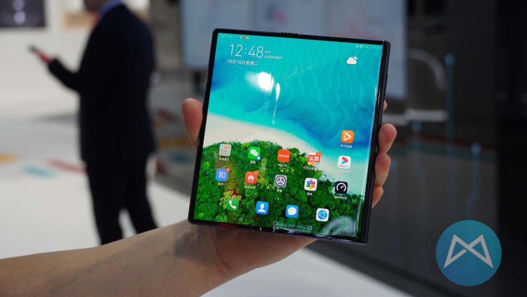 Huawei Mate X 5g Display
