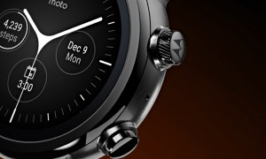 Moto 360 Detail