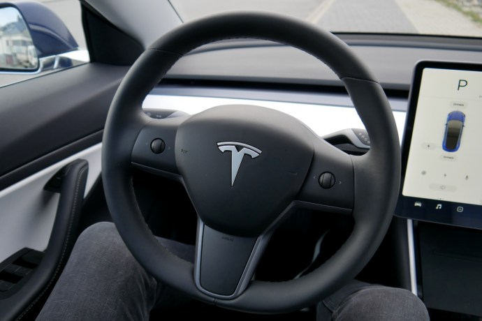 Tesla Model 3 Lenkrad
