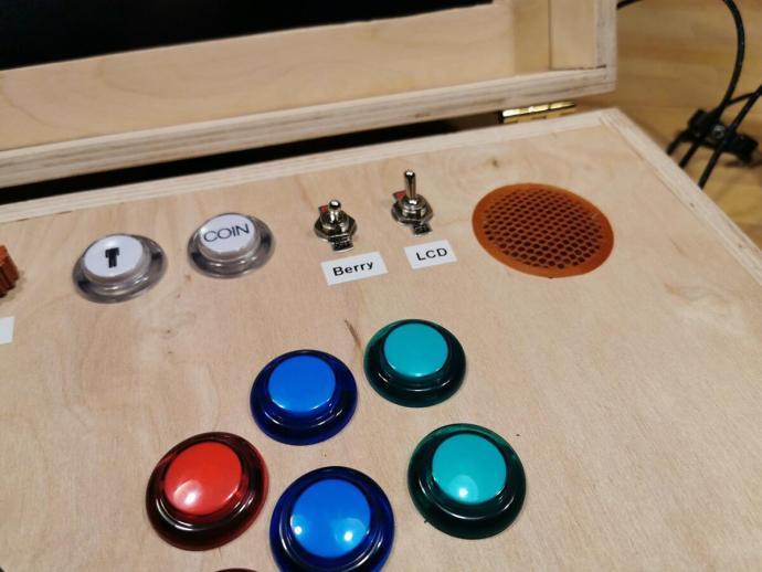 Gamebox Externer Hdmi Eingang Schalter Fuer Monitor