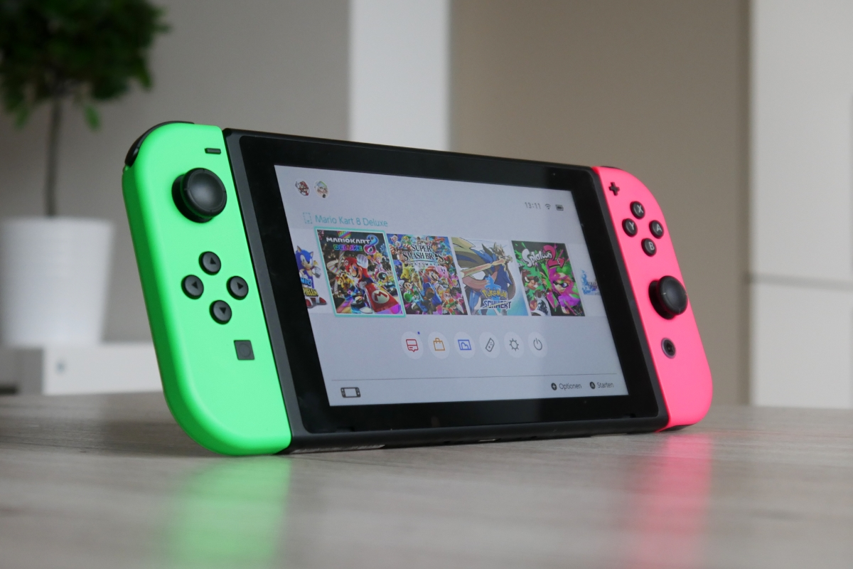 Nintendo Switch 2020 Header