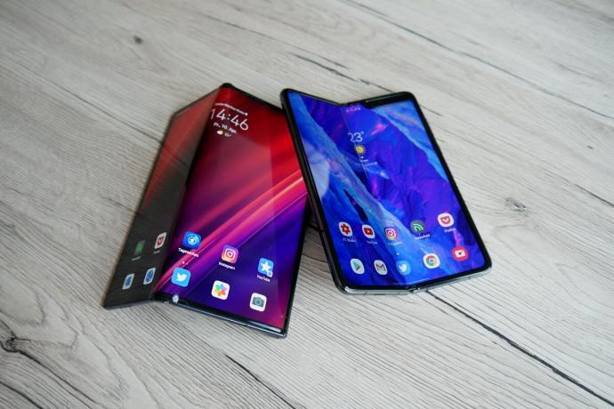 Huawei Mate Xs Samsung Galaxy Fold Test3