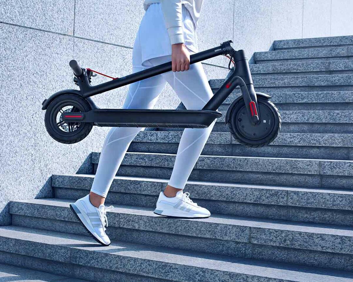 Xiaomi Mi Scooter 1s Lifestyle2
