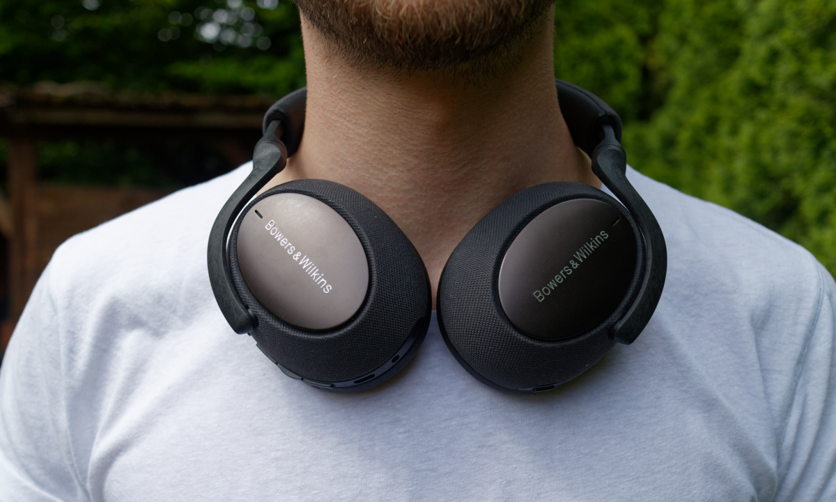 Bowers Wilkins Px7 Front
