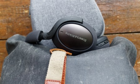 Bowers Wilkins Px7 Side 4