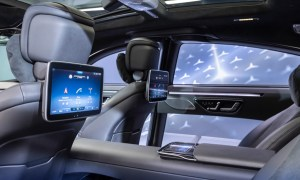 "Meet The S Class Digital: ""my Mbux"" (mercedes Benz User Experience): Unterwegs Daheim – Luxuriös Und Digital Meet The S Class Digital: ""my Mbux"" (mercedes Benz User Experience): At Home On The Road – Luxurious And Digital"