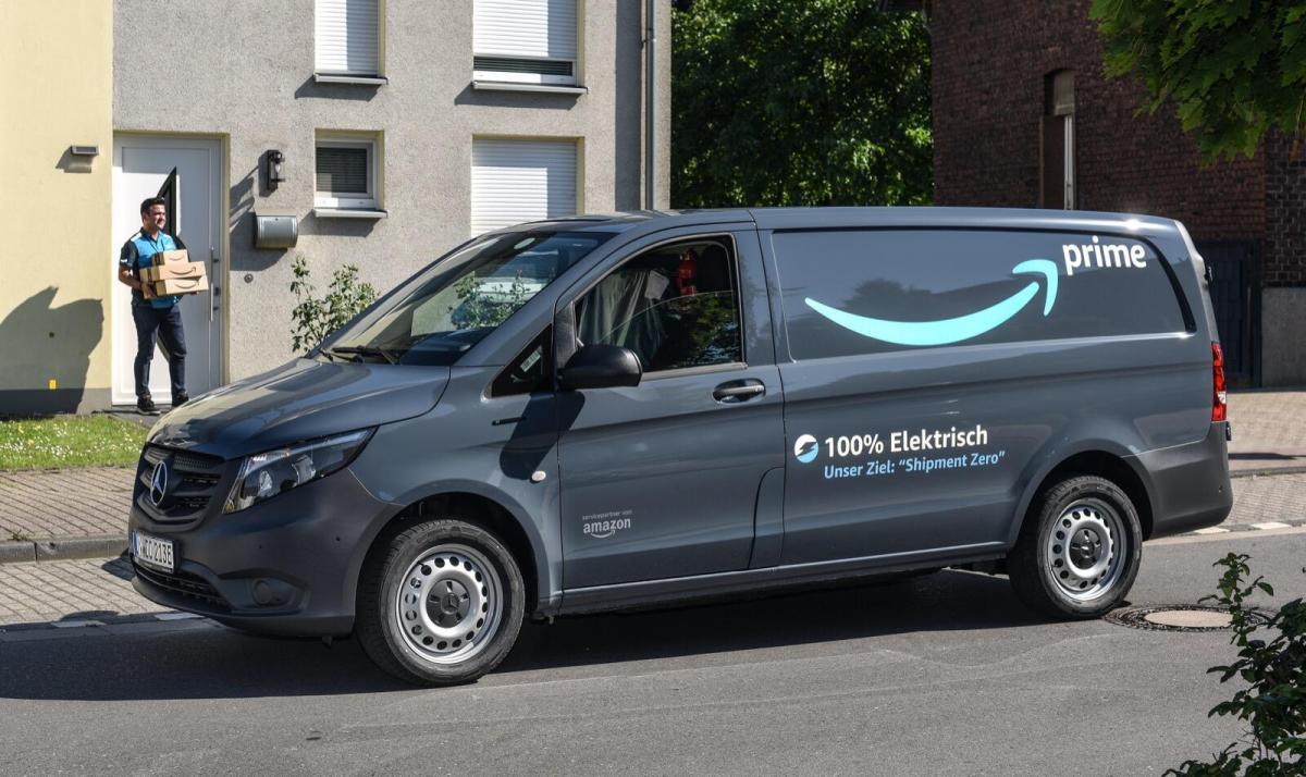 Amazon Mercedes Benz E Van