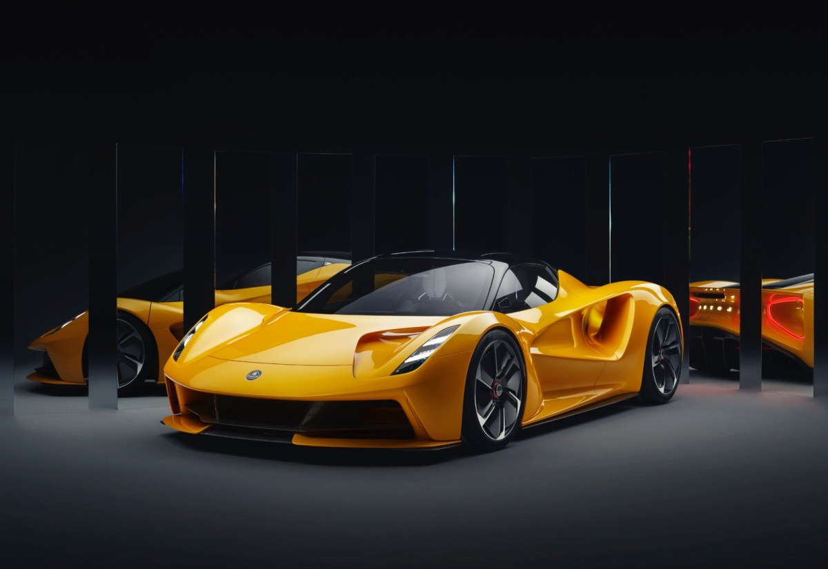 Lotus Evija Header