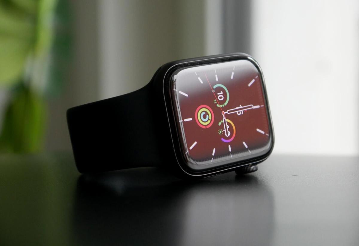 Apple Watch Se Front Header