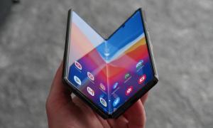 Samsung Galaxy Z Fold 2 Falten