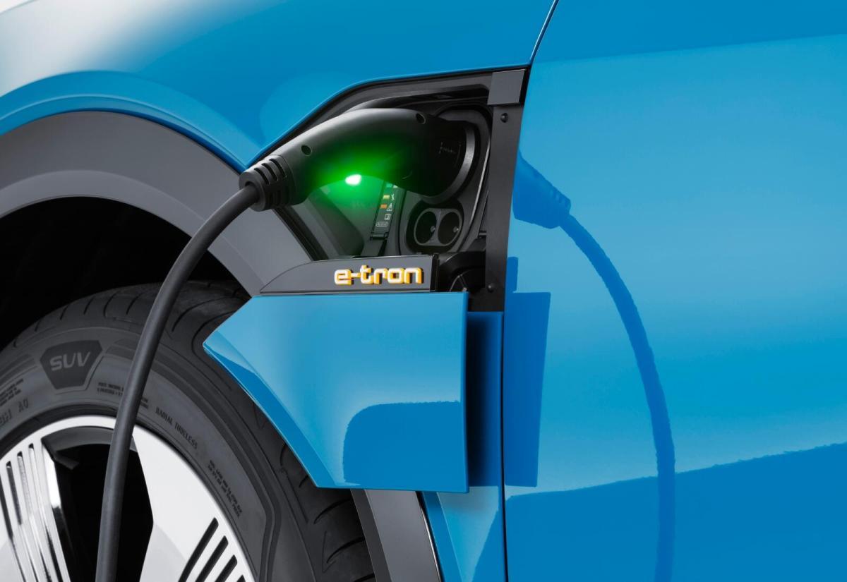 Audi Etron Laden Header