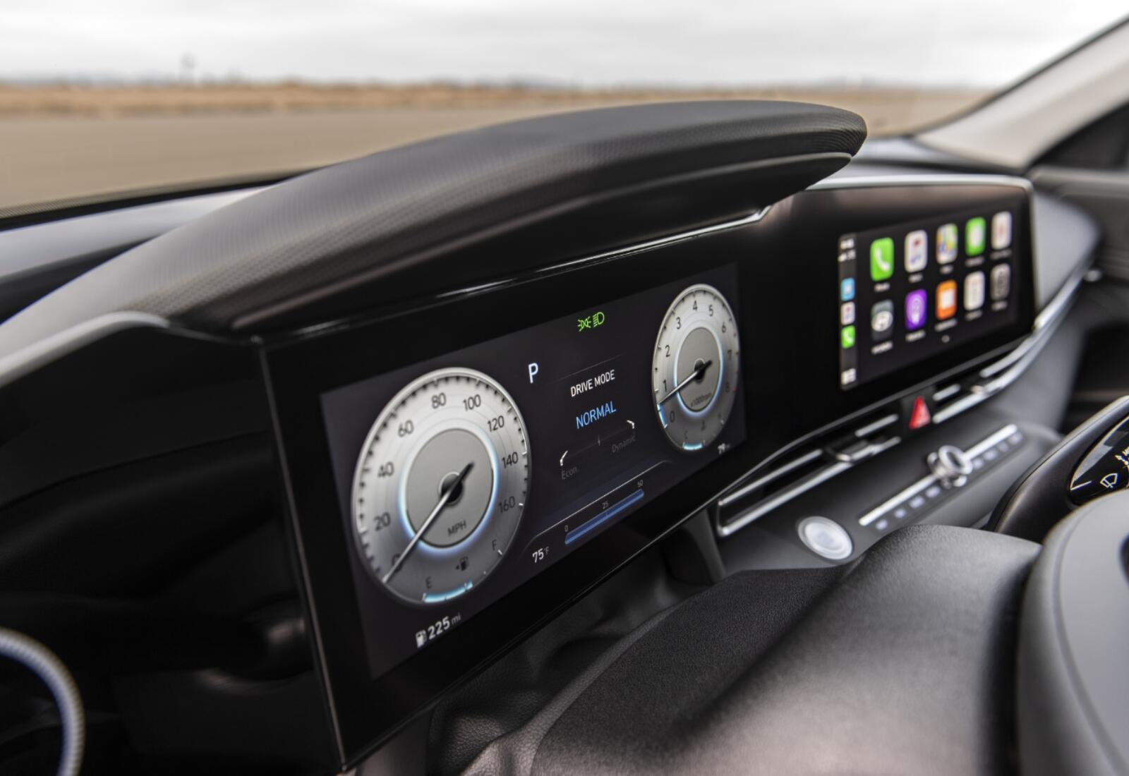 Hyundai Elentra Display