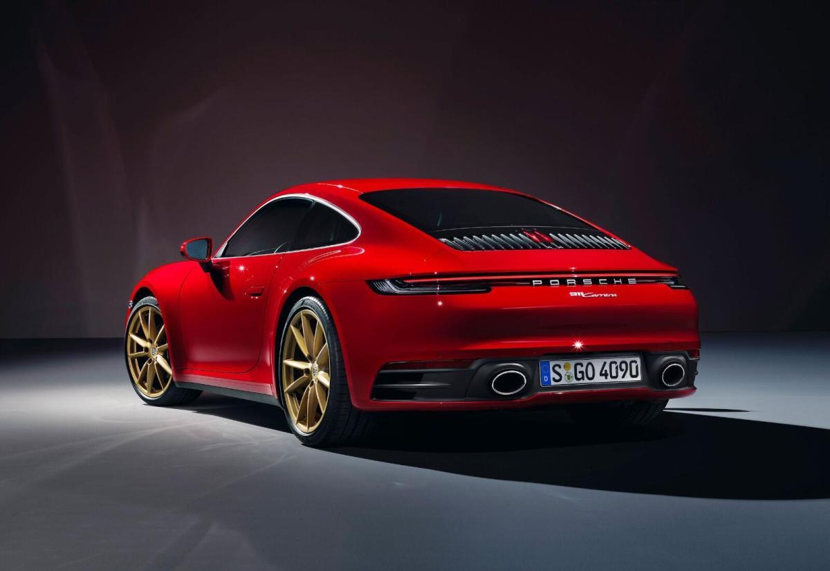 Porsche 911 Carrera Header