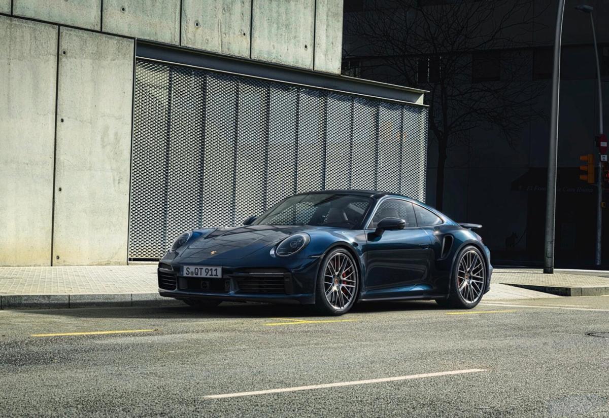 Porsche Auto Header