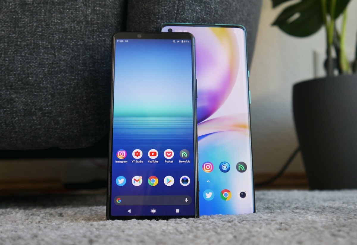 Sony Xperia 5 Ii Oneplus 8 Pro Front Header