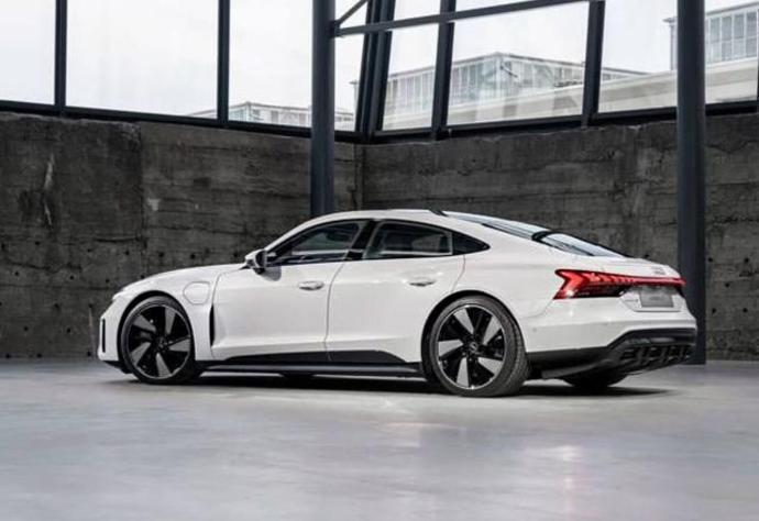 Audi Etron Gt Leak Back