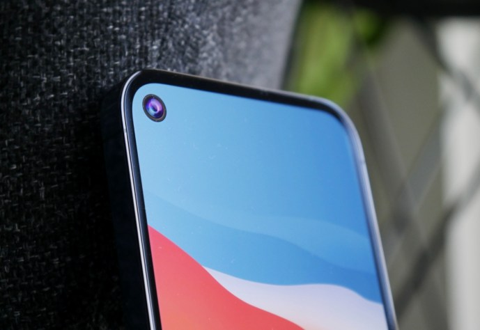 Apple Iphone 13 Pro Loch Mockup Header