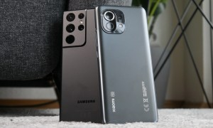 Samsung Galaxy S21 Ultra Xiaomi Mi 11 Back