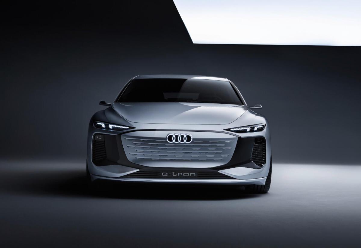 Audi A8 e-tron: Im September zeigt man, wohin die Reise geht