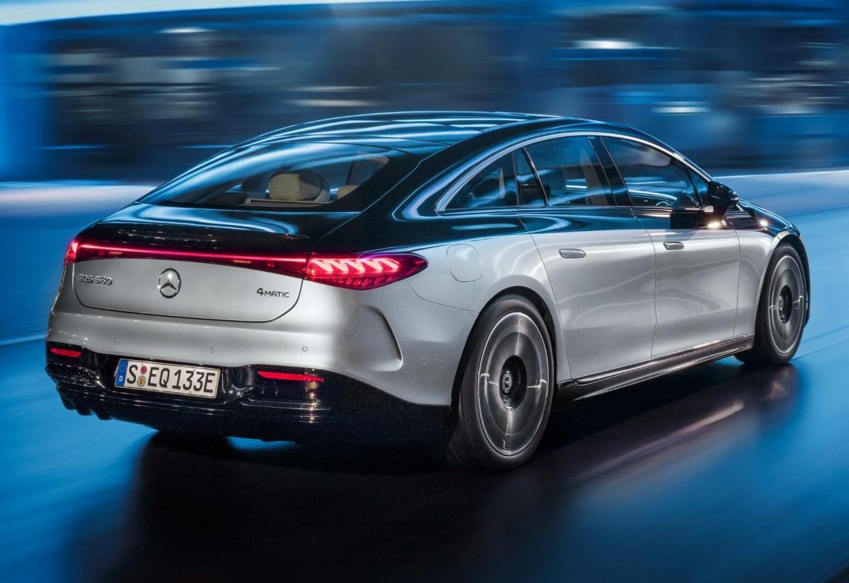 Mercedes Benz Eqs Heck
