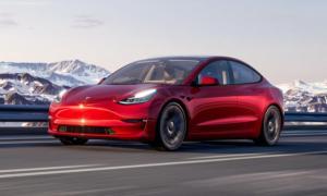 Tesla Model 3 Performance Berge