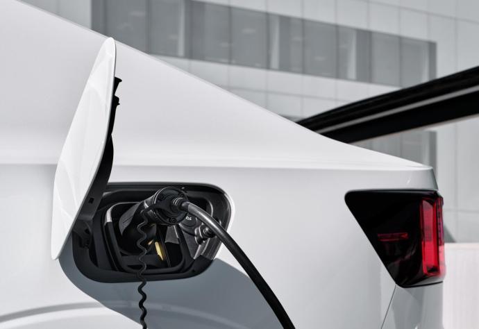 Polestar Elektro Auto Laden Header
