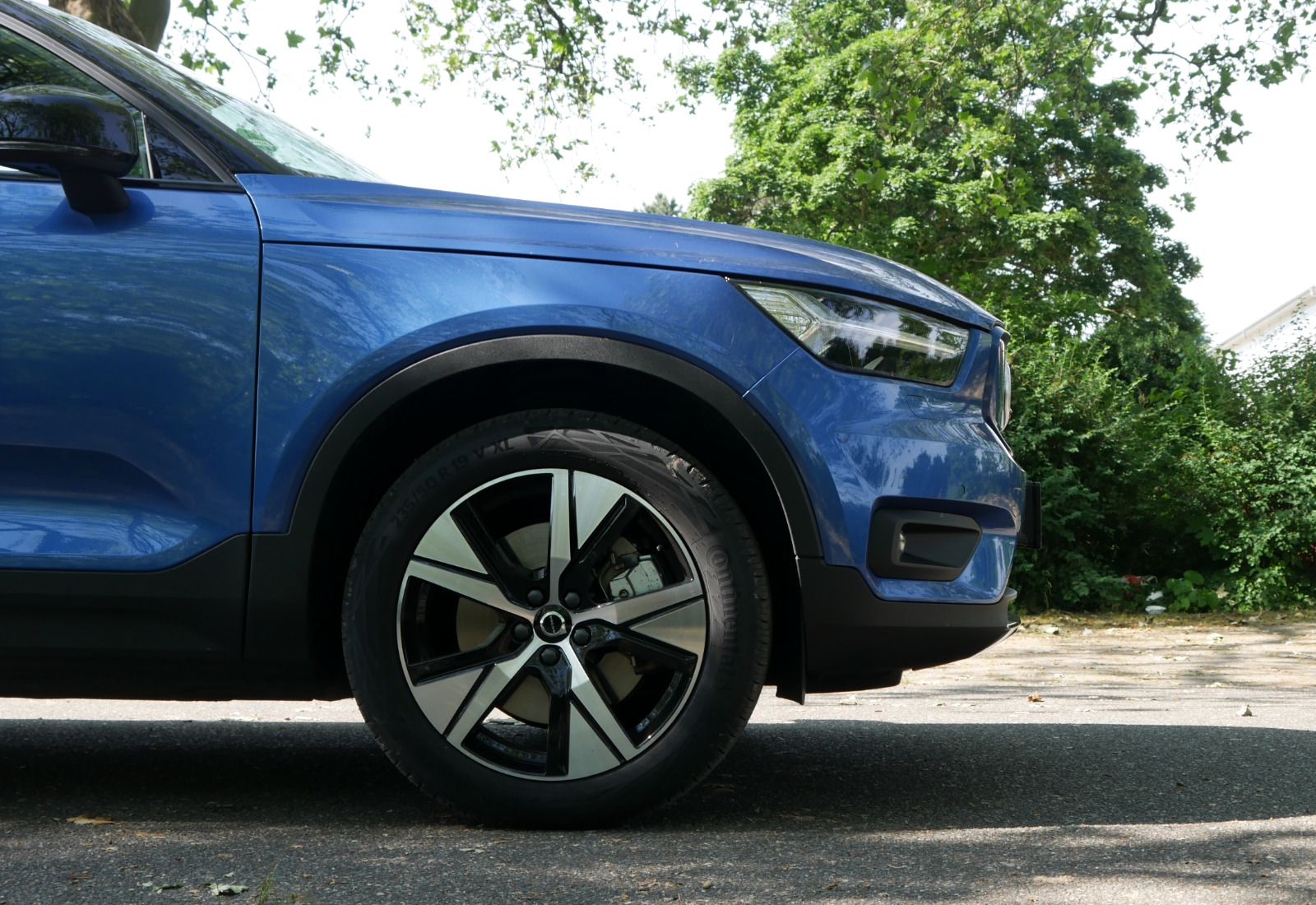 Volvo Xc40 Recharge Pure Electric Detail