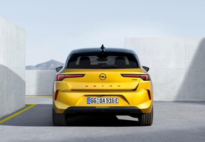 09 Opel Astra 516130