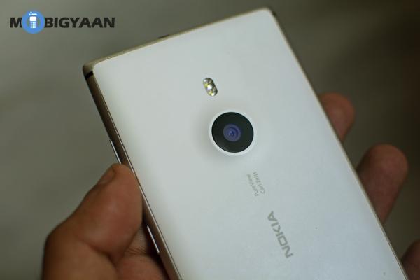 Nokia_Lumia_925-6