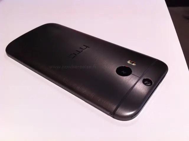 New-HTC-One-dummy-1
