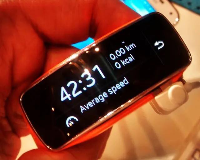 Samsung-Gear-Fit-10