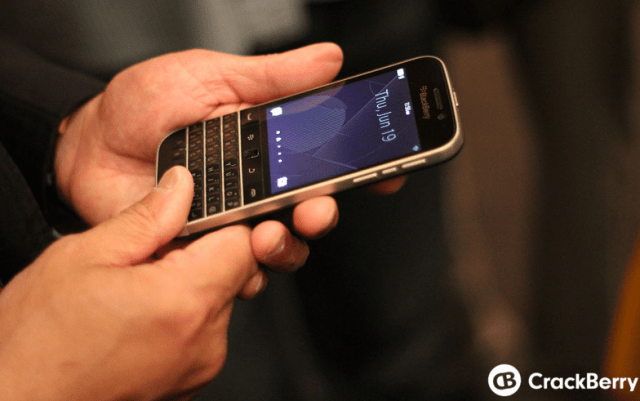 BlackBerry-Passport-and-Classic-3-e1403269332679
