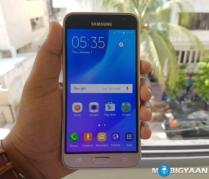 how to download apps on samsung galaxy j3