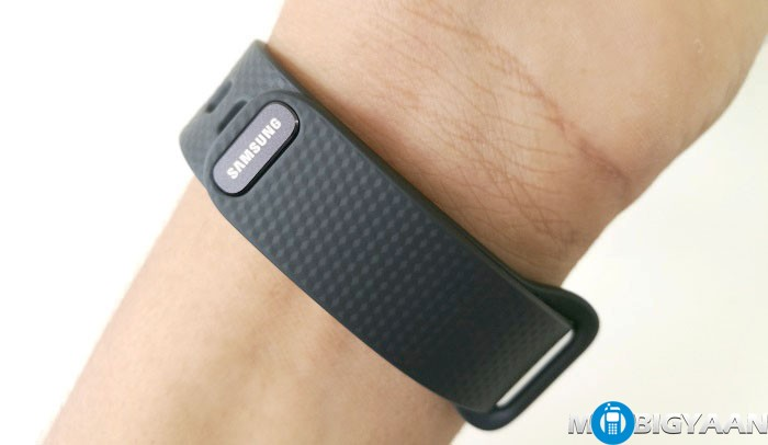 Samsung-Gear-Fit2-Hands-on-Images-Review-10