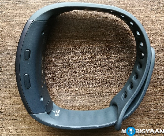 Samsung-Gear-Fit2-Hands-on-Images-Review-5