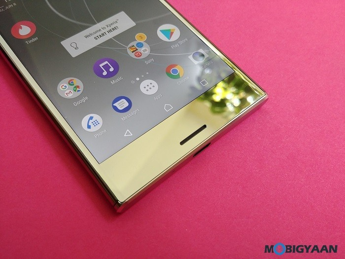 Sony-Xperia-XZ-Premium-Hands-on-Review-Images-7